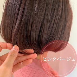 ピンクベージュ ピンクアッシュ ピンク ショートヘア ヘアスタイルや髪型の写真・画像