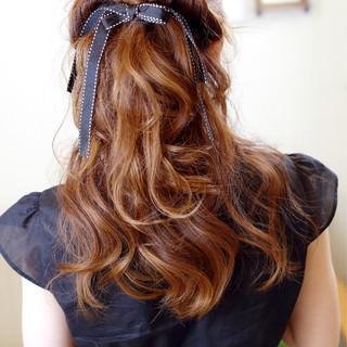 ハーフアップ ショート ヘアアレンジ くるりんぱ ヘアスタイルや髪型の写真・画像 ヘアスタイルや髪型の写真・画像