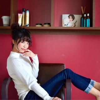 フェミニン 小顔 ヘアアレンジ ロング ヘアスタイルや髪型の写真・画像