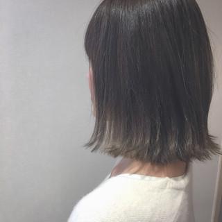 切りっぱなし アッシュ ナチュラル イルミナカラー ヘアスタイルや髪型の写真・画像