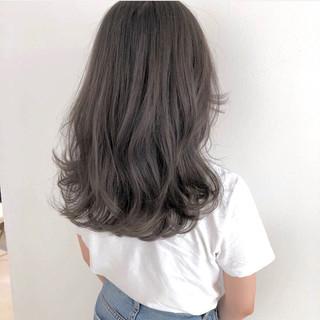 パーマ フェミニン デート アウトドア ヘアスタイルや髪型の写真・画像