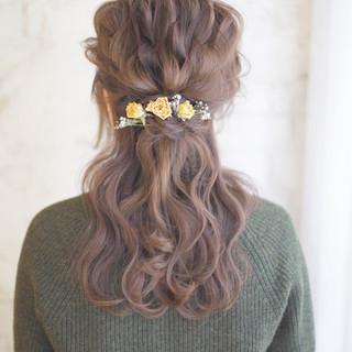 ヘアアレンジ 結婚式 セミロング ハーフアップ ヘアスタイルや髪型の写真・画像