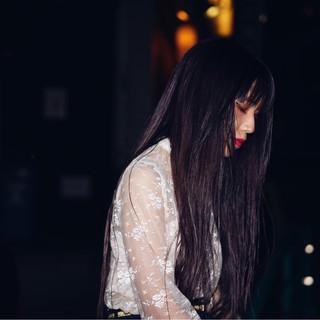 ストリート 秋 ロング 暗髪 ヘアスタイルや髪型の写真・画像