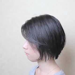 フェミニン デート スポーツ ショート ヘアスタイルや髪型の写真・画像