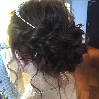 ヘアアレンジ 波ウェーブ ブライダル 結婚式 ヘアスタイルや髪型の写真・画像