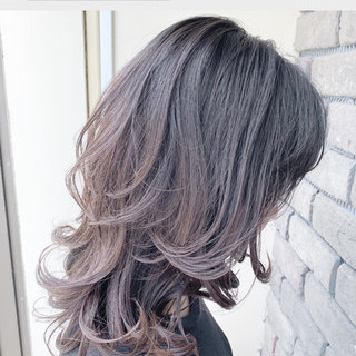 ウルフ女子 ニュアンスウルフ グレージュ フェミニン ヘアスタイルや髪型の写真・画像