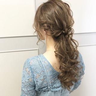ローポニー ヘアアレンジ エレガント ロング ヘアスタイルや髪型の写真・画像