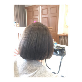 モード アッシュグレージュ ボブ ナチュラル ヘアスタイルや髪型の写真・画像