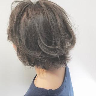 アッシュ ボブ ナチュラル 外国人風カラー ヘアスタイルや髪型の写真・画像