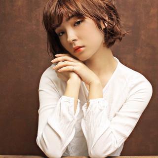 ストリート 外国人風 ゆるふわ 色気 ヘアスタイルや髪型の写真・画像