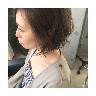 ボブ イルミナカラー ローライト パーマ ヘアスタイルや髪型の写真・画像