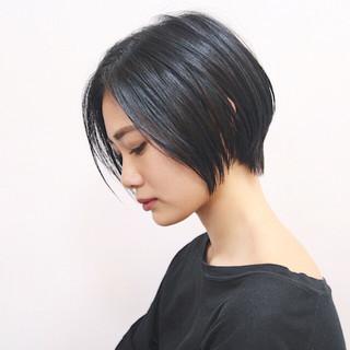 モード ハンサムショート ショートボブ ベリーショート ヘアスタイルや髪型の写真・画像