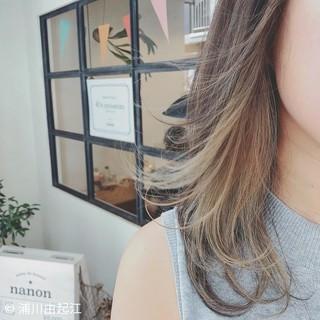 アンニュイほつれヘア 大人かわいい ミディアム デート ヘアスタイルや髪型の写真・画像