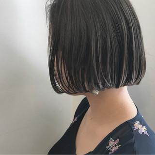 透明感 ショートボブ 切りっぱなし 秋 ヘアスタイルや髪型の写真・画像