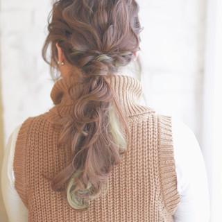 ヘアアレンジ 外国人風 大人かわいい ハイライト ヘアスタイルや髪型の写真・画像 ヘアスタイルや髪型の写真・画像