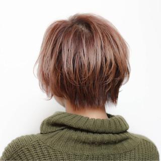 外ハネ ストリート ピンク ショート ヘアスタイルや髪型の写真・画像 ヘアスタイルや髪型の写真・画像