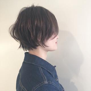 ハイライト ナチュラル ショート 外ハネ ヘアスタイルや髪型の写真・画像