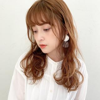 ウェーブ デート ミディアム ヘアアレンジ ヘアスタイルや髪型の写真・画像
