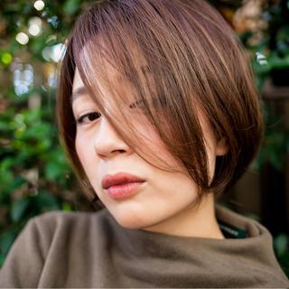 大人女子 暗髪 ボブ 外国人風 ヘアスタイルや髪型の写真・画像