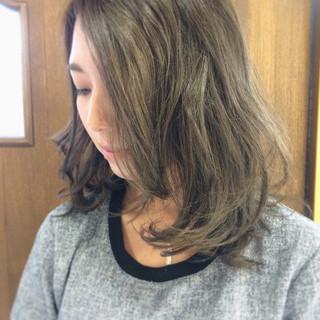 暗髪 ダークアッシュ ハイライト 透明感 ヘアスタイルや髪型の写真・画像