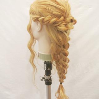 ショート ヘアアレンジ 編み込み くるりんぱ ヘアスタイルや髪型の写真・画像