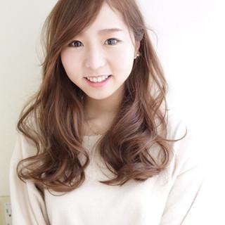 可愛い ふんわり ロング 巻き髪 ヘアスタイルや髪型の写真・画像
