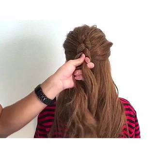 フェミニン アウトドア 色気 簡単ヘアアレンジ ヘアスタイルや髪型の写真・画像
