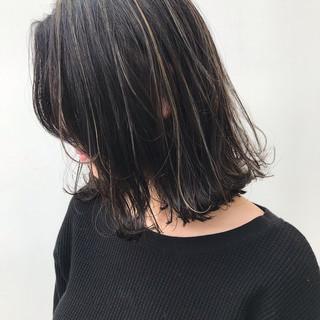 外ハネ ハイライト コンサバ ナチュラル ヘアスタイルや髪型の写真・画像