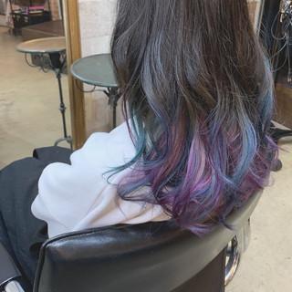 カラーバター ロング パープル ストリート ヘアスタイルや髪型の写真・画像