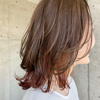 オレンジブラウン ミディアム インナーカラーオレンジ ナチュラル ヘアスタイルや髪型の写真・画像