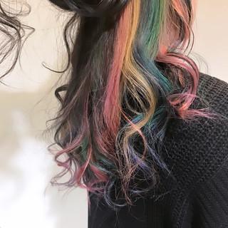 外国人風カラー ブリーチ カラフルカラー フェミニン ヘアスタイルや髪型の写真・画像