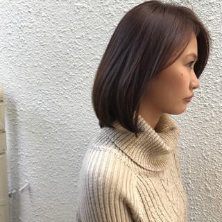 小顔 冬 色気 ナチュラル ヘアスタイルや髪型の写真・画像 ヘアスタイルや髪型の写真・画像