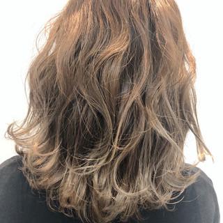 ゆるふわ ガーリー スポーツ ミディアム ヘアスタイルや髪型の写真・画像 ヘアスタイルや髪型の写真・画像
