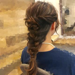 ヘアアレンジ 編み込み 結婚式 フェミニン ヘアスタイルや髪型の写真・画像 ヘアスタイルや髪型の写真・画像