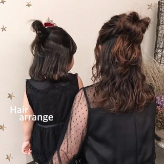 ハーフアップ ナチュラル ロング ヘアアレンジ ヘアスタイルや髪型の写真・画像