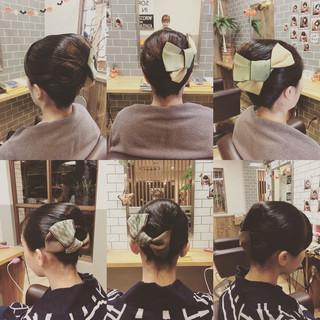 夜会巻 お祭り ヘアアレンジ ミディアム ヘアスタイルや髪型の写真・画像