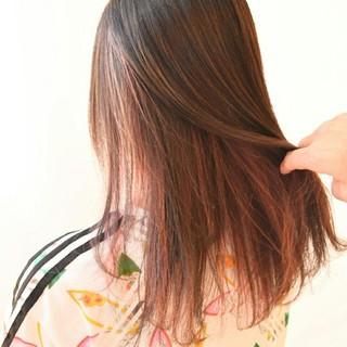 ロング レッド ストリート ヘアアレンジ ヘアスタイルや髪型の写真・画像