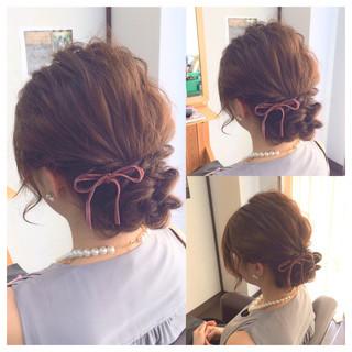 ヘアアレンジ フェミニン ロング 二次会 ヘアスタイルや髪型の写真・画像 ヘアスタイルや髪型の写真・画像