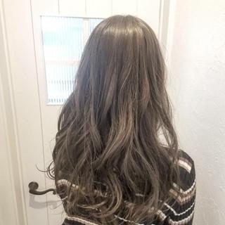 大人かわいい ハイトーン ハイライト ロング ヘアスタイルや髪型の写真・画像