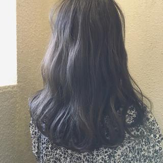 冬 デート ミディアム オフィス ヘアスタイルや髪型の写真・画像