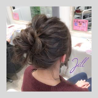 アッシュ ミディアム ショート 簡単ヘアアレンジ ヘアスタイルや髪型の写真・画像