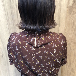 切りっぱなしボブ ショートボブ ナチュラル 外ハネボブ ヘアスタイルや髪型の写真・画像 ヘアスタイルや髪型の写真・画像