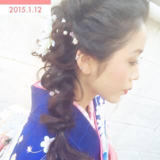 アップスタイル フェミニン ヘアアレンジ 編み込み ヘアスタイルや髪型の写真・画像