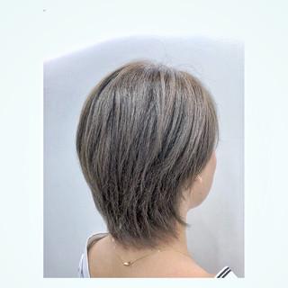 透明感 デート モード グレージュ ヘアスタイルや髪型の写真・画像 ヘアスタイルや髪型の写真・画像