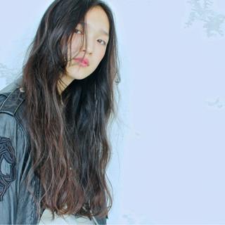 黒髪 パーマ ロング モード ヘアスタイルや髪型の写真・画像