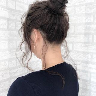 エレガント お団子 セミロング 簡単ヘアアレンジ ヘアスタイルや髪型の写真・画像 ヘアスタイルや髪型の写真・画像