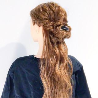 ロング ヘアアレンジ 上品 デート ヘアスタイルや髪型の写真・画像 ヘアスタイルや髪型の写真・画像
