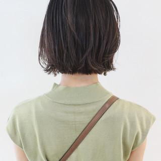 アッシュグレージュ ストリート ミニボブ ボブ ヘアスタイルや髪型の写真・画像