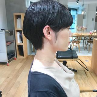 ナチュラル ショートヘア ハンサムショート マッシュショート ヘアスタイルや髪型の写真・画像
