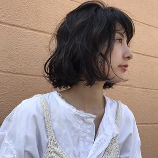 ナチュラル ラフ デート パーマ ヘアスタイルや髪型の写真・画像